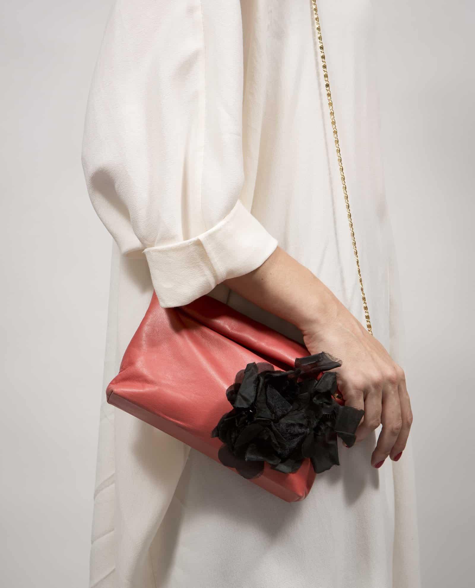 BLACK-ROSE-DO10V17-Doris-model-PettyThings-person-detail