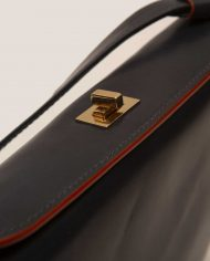 JUDY-chloe-lady-bag-leather-black-Petty-Things-top-detail