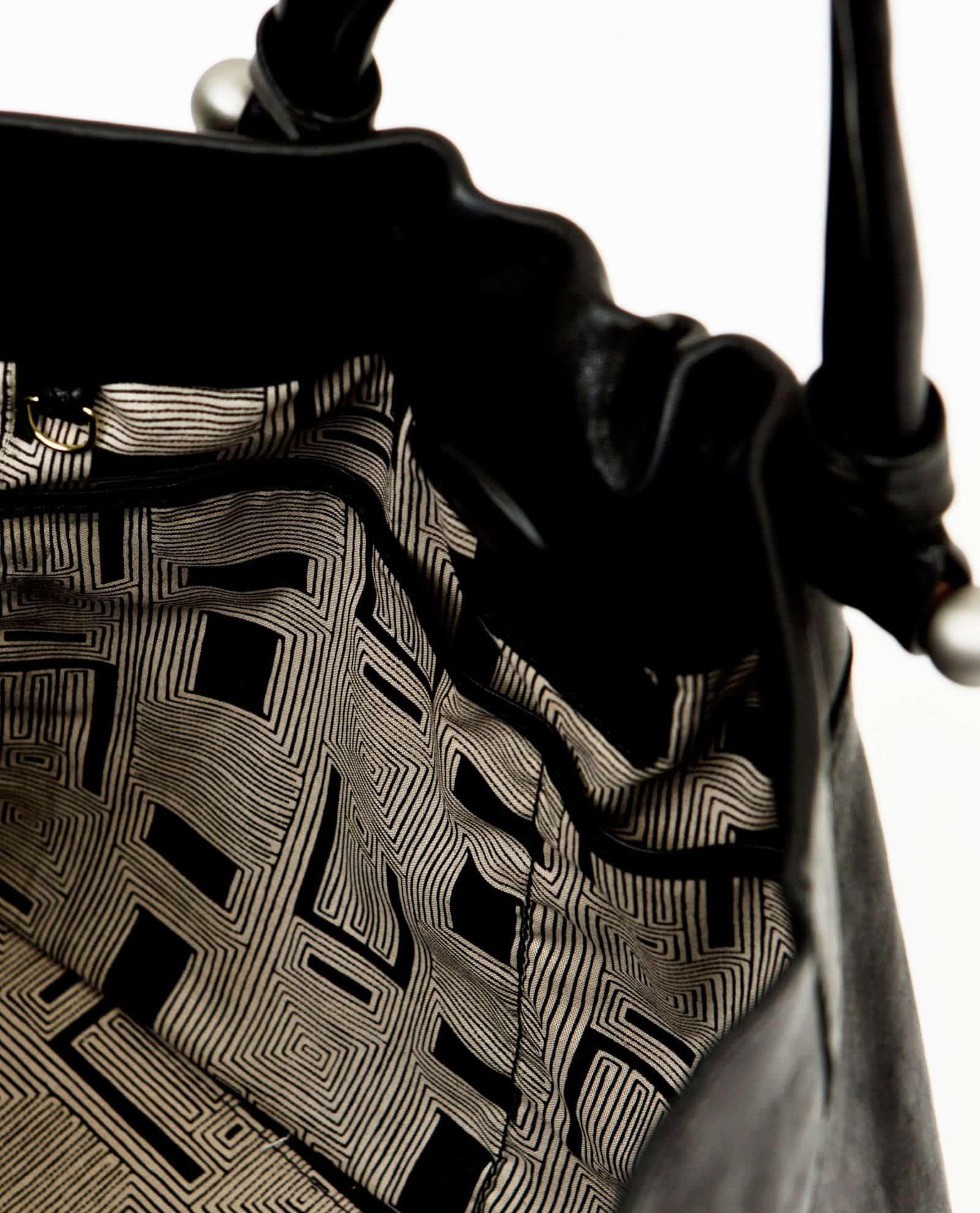 NINA Poldi Vintage & negro interior. Modelo Nina Petty Things (ref # NIPP03-1-V18)
