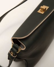 VIVIAN-chloe-lady-bag-leather-black-Petty-Thingstop-detail